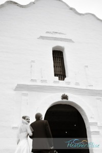 mission%20basilica%20wedding%20ceremony%20(140)-L[1]